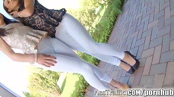 Порно в белых джинсах — img 9