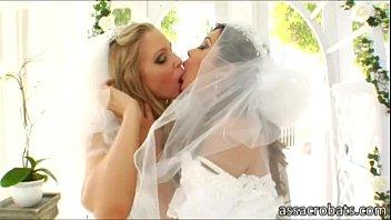 Джессика дрейк фото лесбиянки невесты видео кончают рот