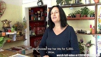 Две продавщицы сосут фото ванной крупный