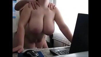 seks-skritiy-kameroy-na-gostinitse